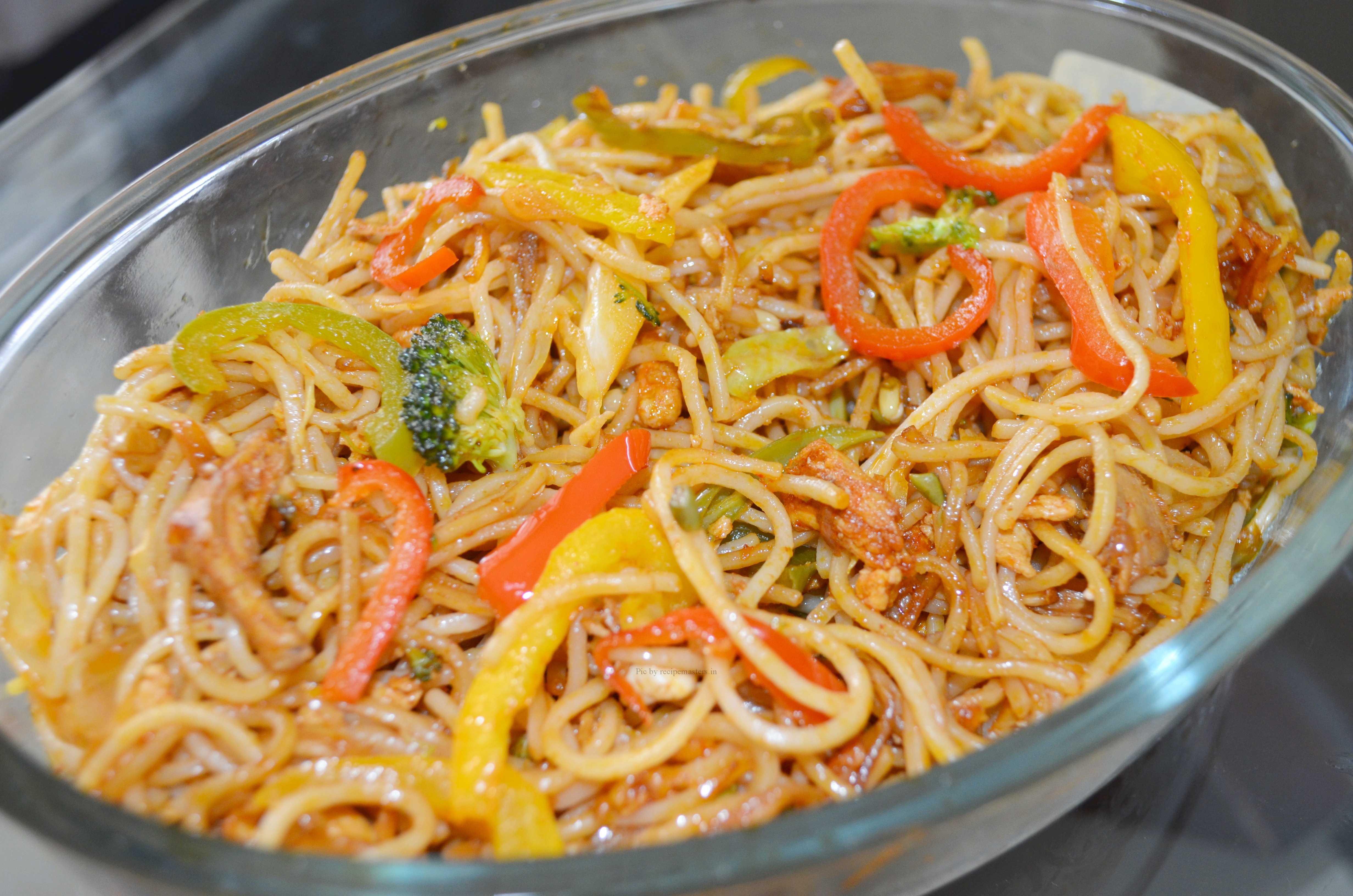 Chilli Garlic Chicken Noodles By Rahat Zaid Recipe Masters